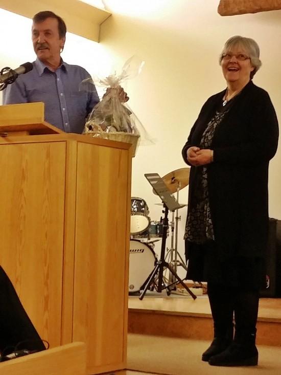 Sylvia Silverdahl hälsas välkommen som pastor i Framtidskyrkan. Christer Westman skickar med två bibelord: Jos1:6 samt2Krön 15:7
